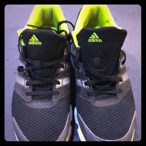 Mens Adidas size 9 black,yellow,white sneakers
